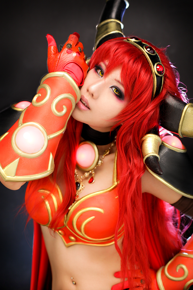 Alexstrasza cosplay porn nude galleries