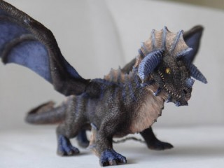 Une autre figurine d'Onyxia, par Kookabura