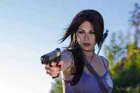 Lara Cosplay.jpg