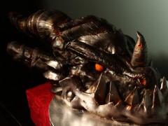 Un gâteau prenant la forme de la tête d'Aile de Mort !
